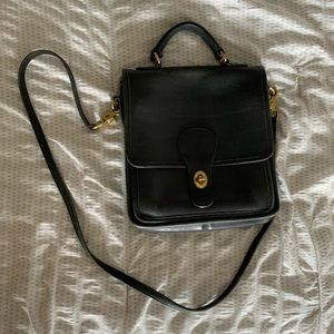 Vintage black COACH crossbody purse/bag